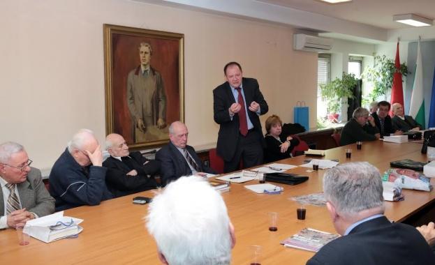 Миков: Земеделието е основен национален ресурс