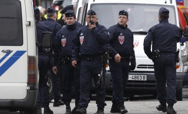 Франция мобилизира над 50 хиляди души за сигурност на президентските избори