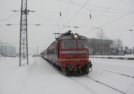 Влак дерайлира в Кресненското дефиле (обновена)
