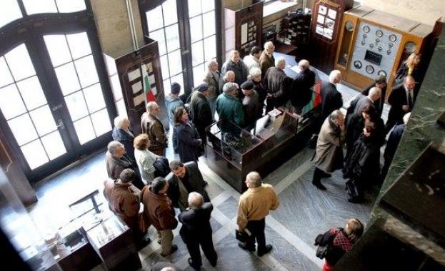 Пенсиите ще се увеличат с най-малко 6% от догодина