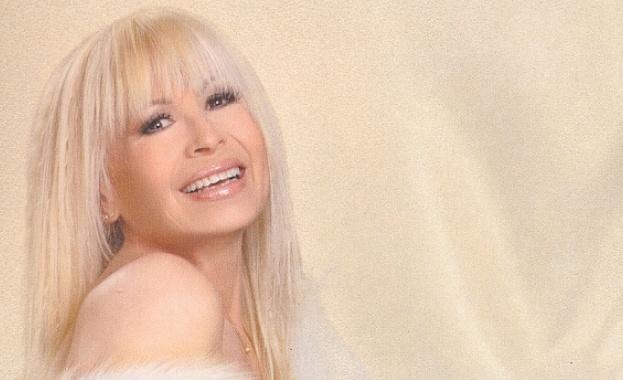 Лили Иванова с три чисто нови балади и три почти разпродадени концерта