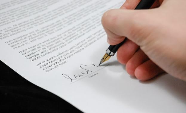 Работата без трудов договор е проблем в малките и средните фирми