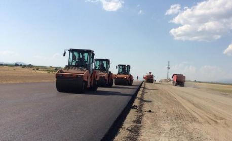 """По ОП """"Региони в растеж"""" ще се рехабилитират над 50 км от път IIІ-663 Чирпан - Симеоновград"""