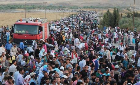 Броят на сирийските бежанци надхвърли 5 милиона