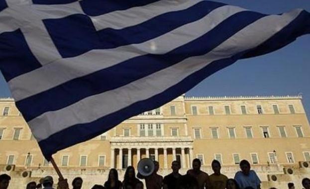 Масови стачки днес в Гърция, очаква се транспортен хаос