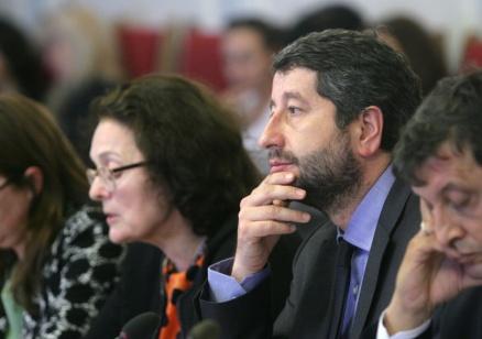 """ВСС чака Етичната комисия и след това обсъжда """"Яневагейт"""""""