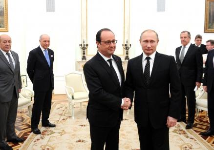 """Путин и Оланд призоваха за широка коалиция срещу """"Ислямска държава"""""""