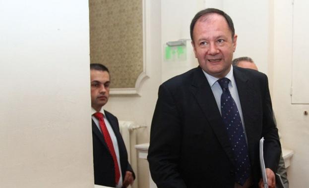 М. Миков: Г-н Кабан, обиждате суверенна България и българския народ