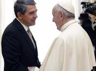 Плевнелиев на крака при папата