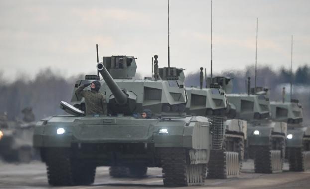 """Започнаха бойните тестове на """"невидимия"""" руски танк Т-14 """"Армата"""""""