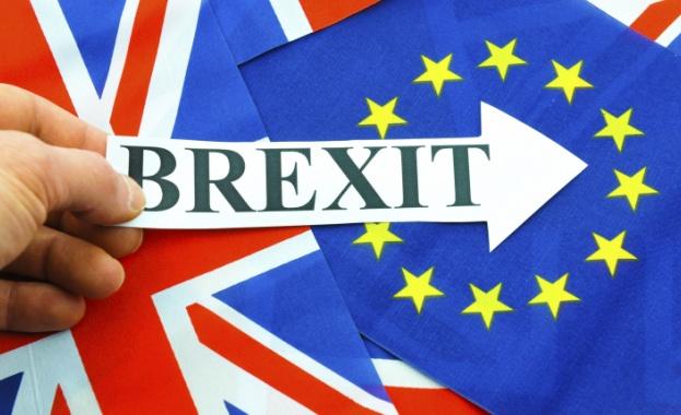 Великобритания ще плаща на ЕС години наред заради Брекзит