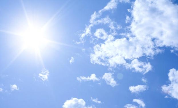 Слънчев ноемврийски ден ни очаква днес