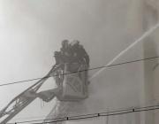 16 души загинаха при пожар в склад в Москва