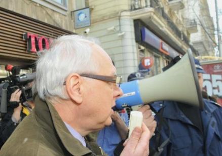 Енчев поиска отзоваване на българския посланик, ако Македония не се извини