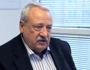 Иван Гарелов: Румен Радев вече успя да създаде център на властта