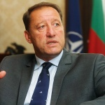 Найденов: Управляващите оставят бремето за модернизацията на армията на следващото правителство