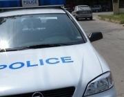 Криминално проявен нападна с нож полицай - простреляха го
