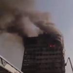 Сграда в центъра на Техеран се срути на живо по телевизията (видео)