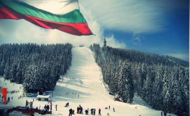 Mасово ски спускане с трибагреници и народни носии за 3 март в Пампорово