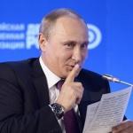 Путин: Пиша като кокошка с краката си