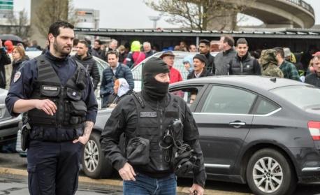 Франция предотвратила девет терористични атентата през 2017-а