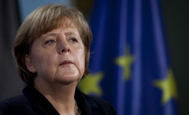 Меркел: Няма но, няма ако, Турция трябва да спре с обидите
