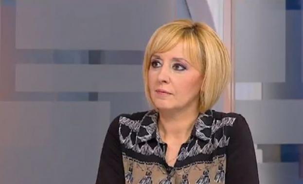 Манолова: Българите изнемогват, мизерията е страшна