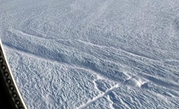 Огромен ледник в Гренландия се пропука, може да повиши нивото на Световния океан