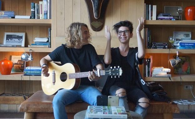 Кристиян Костов и испанският участник на Евровизия изненадаха публиката в Мадрид с дует