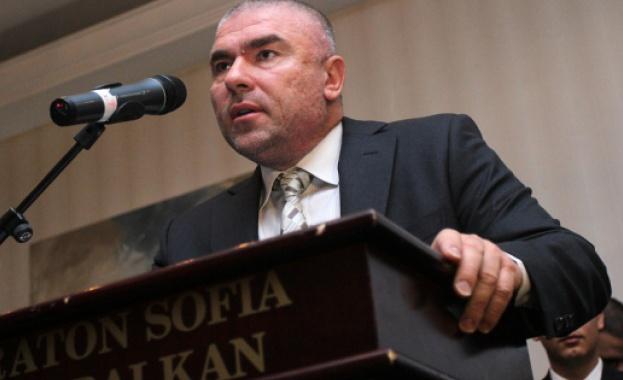 Скандални предложения е получил Веселин Марешки или поне така той