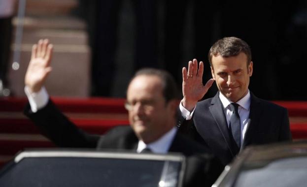 Френският президент Еманюел Макрон даде гласа си във втория тур