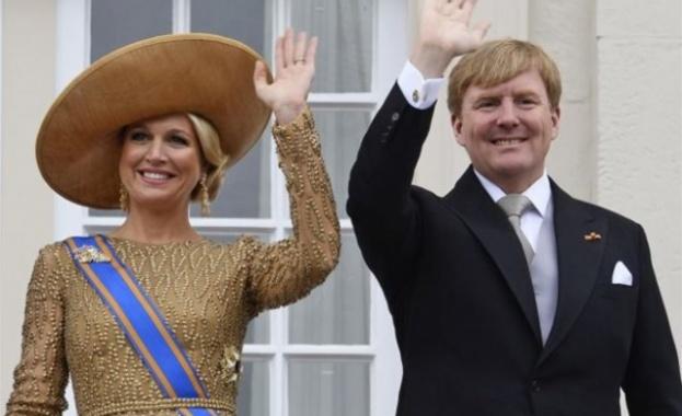 Кралят на Холандия инкогнито пилотира граждански полети