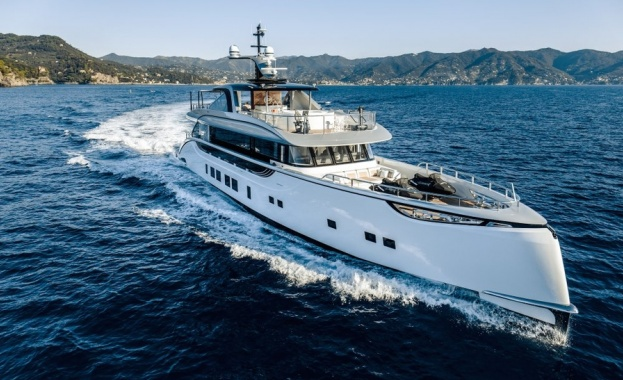 """""""Порше"""" превзема и водата с яхта за 13 милиона долара"""