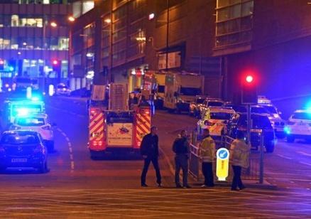 Британската полиция търси терористична клетка, сигурни са, че атентаторът от Манчестър не е бил единак