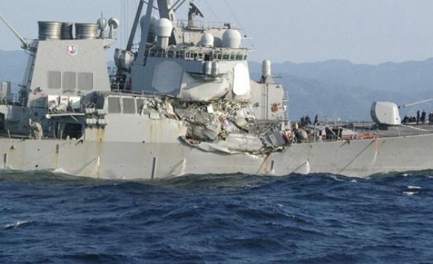 Военноморските сили на САЩ заявиха, че американски разрушител се е