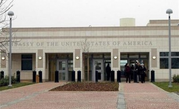 Снимка: Без лаптопи и таблети в посолството на САЩ у нас
