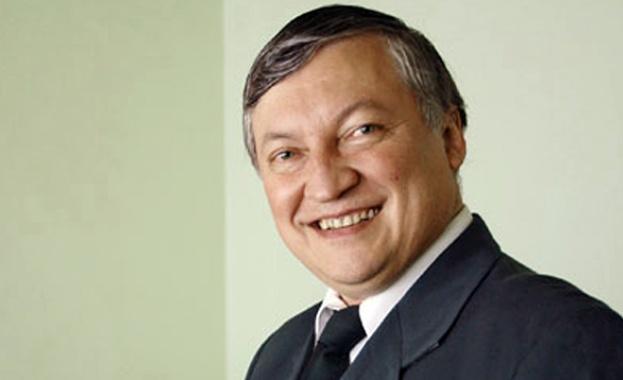 Борисов отказал срещата с Карпов заради азбуката
