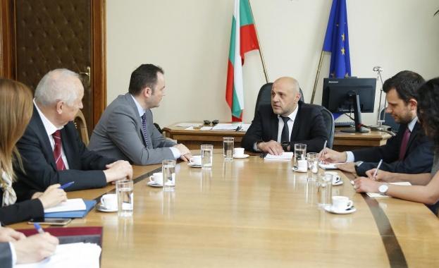 България и Република Македония установяват механизъм за сътрудничество на експертно
