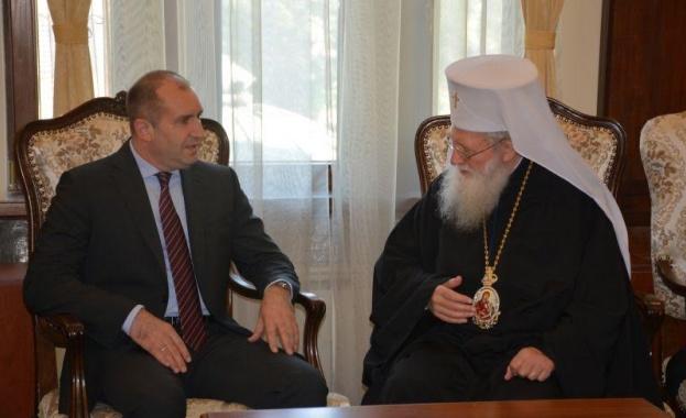 """""""Българската православна църква е пазител на вярата и изконните духовни"""