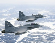 """Модернизираме военновъздушните сили с изтребител """"Грипен"""""""