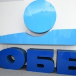 Дългосрочният рейтинг на ОББ беше значително повишен след придобиването ѝ от КВС Груп