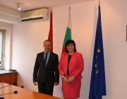 Корнелия Нинова се срещна с посланиците на Азербайджан и Румъния