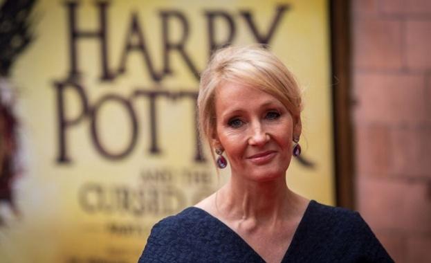 Хари Потър навършва 20 години в понеделник, когато мъгъл читатели
