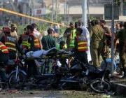 Самоубийствен атентат срещу полицаи уби поне 16 души в Пакистан
