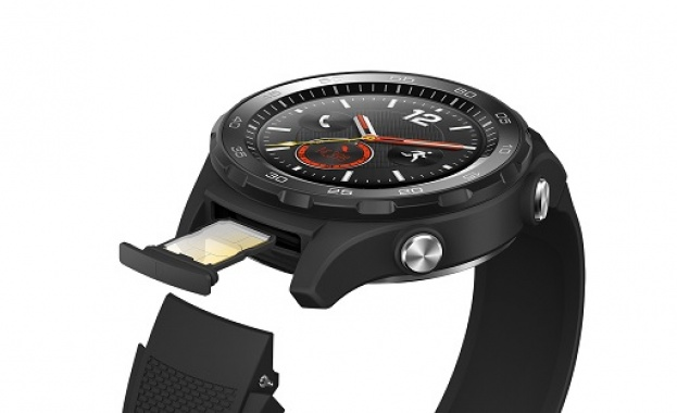 Много хора казват, че умният часовник е ненужно устройство. Очевидно