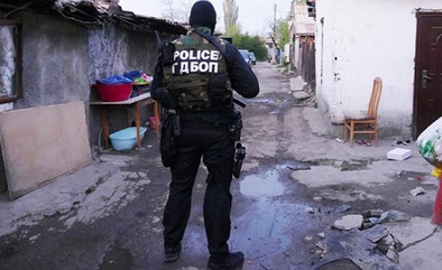 Полиция и жандармерия блокираха ромския квартал във Видин