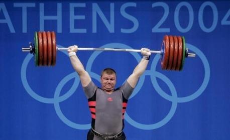 Изпращат Величко Чолаков в спортната зала на Смолян
