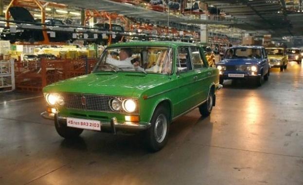 Легендата ВАЗ-2103 празнува 45-годишнина