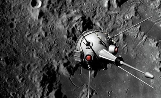 На 12 септември е изстреляна 'Луна 2' - първият апарат, достигнал Луната