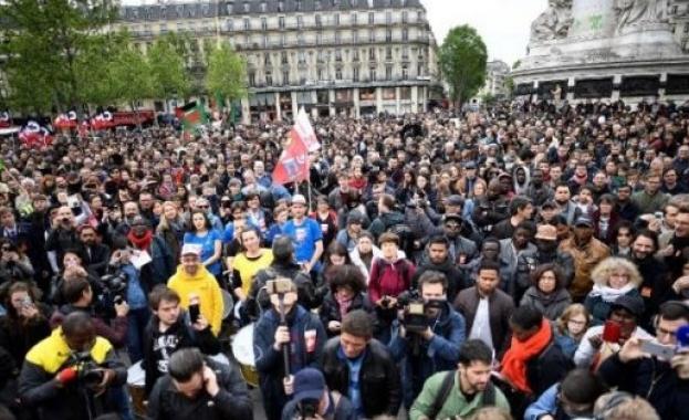 Над 400 000 на протест срещу реформата на Макрон в трудовото законодателство